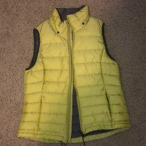 Green/yellow vest!